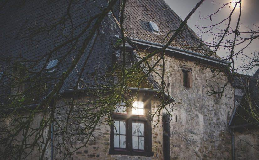 Signes d'une maison hantée