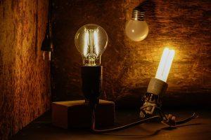 Des objets électriques dans une maison hantée