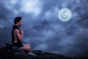 Méditez les soirs de pleine lune